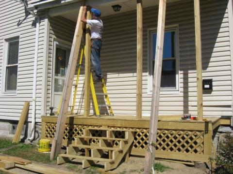 Building a new porch on Brooklyn Street